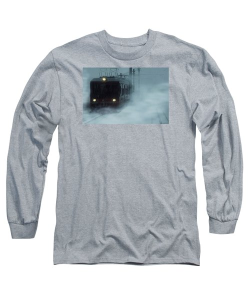 Traveling In The Snow... Long Sleeve T-Shirt