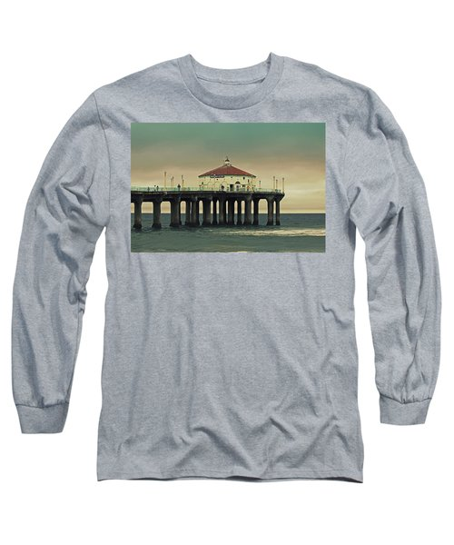 Vintage Manhattan Beach Pier Long Sleeve T-Shirt