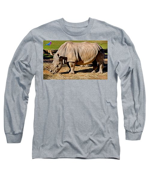 Vip Cockatoo Visitor Gets Closer Look Long Sleeve T-Shirt