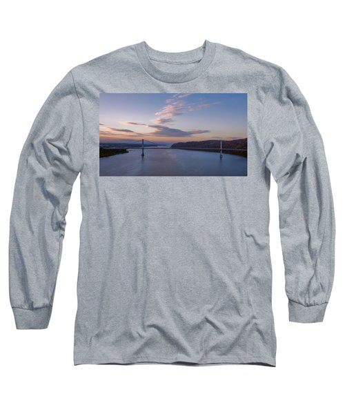 Walkway Over The Hudson Dawn Long Sleeve T-Shirt