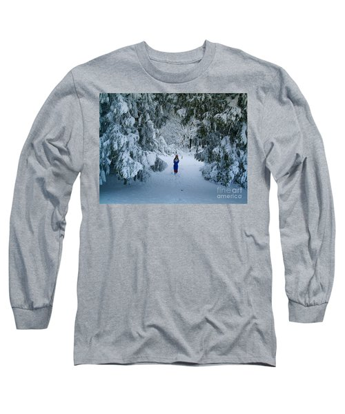 Winter Wonderland Long Sleeve T-Shirt by Richard Brookes