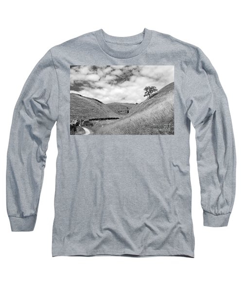 Lone Tree In The Yorkshire Dales Long Sleeve T-Shirt