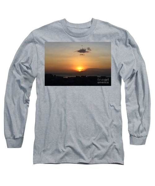 Sunset Upon The Ocean  Long Sleeve T-Shirt