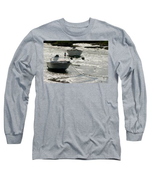 boats at low tide in Cape Cod Long Sleeve T-Shirt
