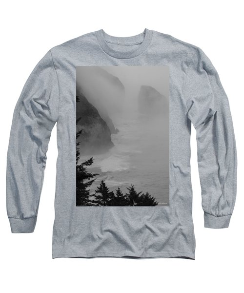 Fog And Cliffs Of The Oregon Coast Long Sleeve T-Shirt by Mick Anderson