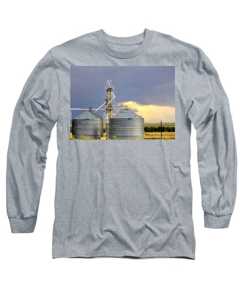 Long Sleeve T-Shirt featuring the photograph Kansas Farm by Jeanette C Landstrom