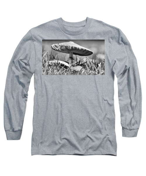 Mushroom In Black And White Long Sleeve T-Shirt