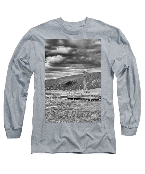 the lonly windmill in B and W Long Sleeve T-Shirt