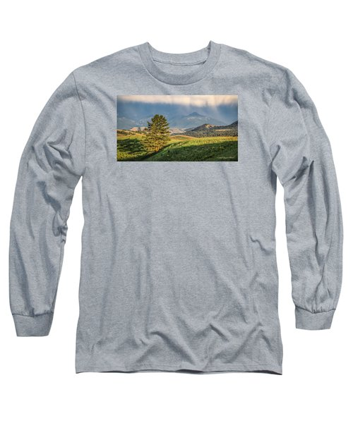 #0613 - Absaroka Range, Paradise Valley, Southwest Montana Long Sleeve T-Shirt