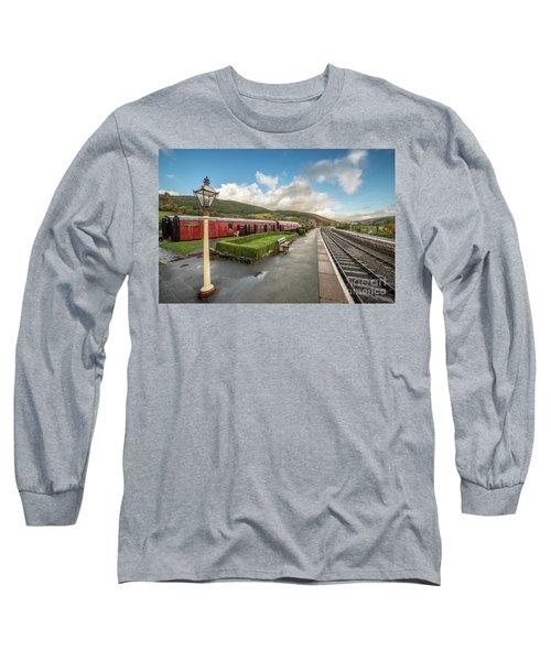Carrog Railway Station Long Sleeve T-Shirt