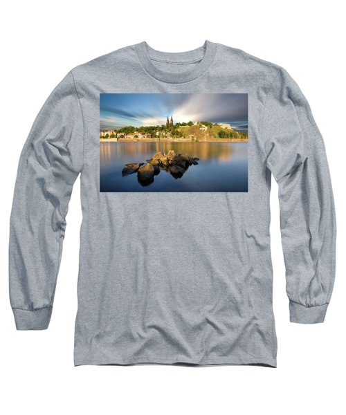 Famous Vysehrad Church During Sunny Day. Amazing Cloudy Sky In Motion. Vltava River, Prague, Czech Republic Long Sleeve T-Shirt