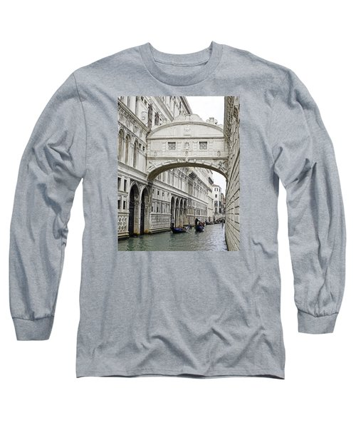Gondolas Going Under The Bridge Of Sighs In Venice Italy Long Sleeve T-Shirt