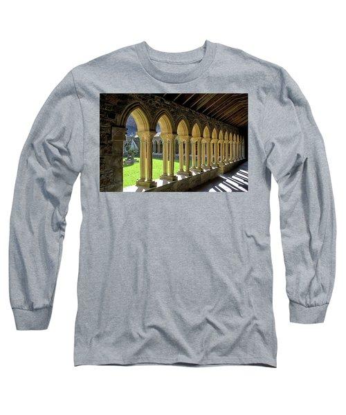 Iona Abbey Scotland Long Sleeve T-Shirt