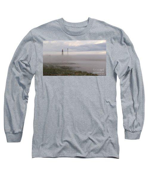 Le Guide. Long Sleeve T-Shirt