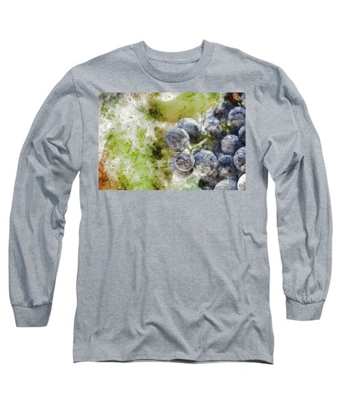 Red Grapes On The Vine Long Sleeve T-Shirt