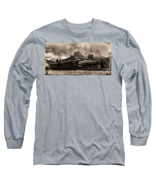 2816 Empress At Three Sisters - Canmore Long Sleeve T-Shirt