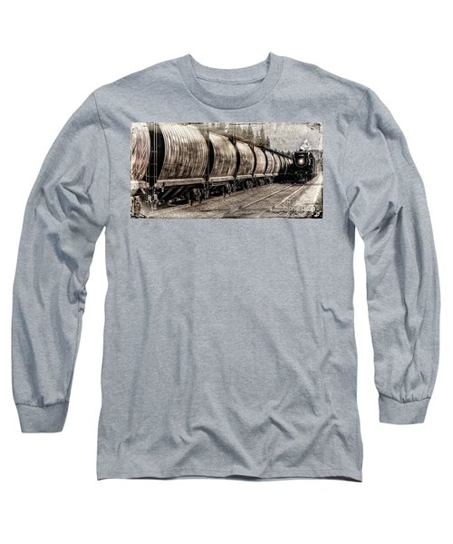 2816 Empress Passing Grain Long Sleeve T-Shirt
