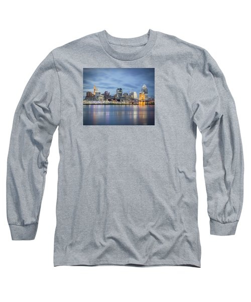Cincinnati, Ohio Long Sleeve T-Shirt