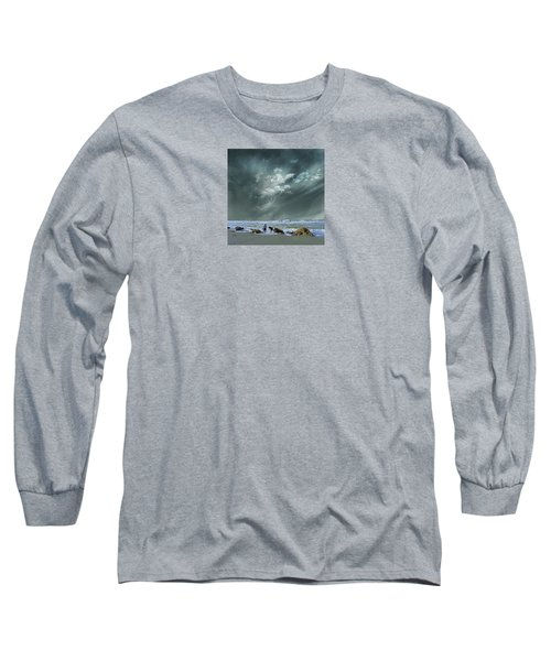 Long Sleeve T-Shirt featuring the photograph 4399 by Peter Holme III