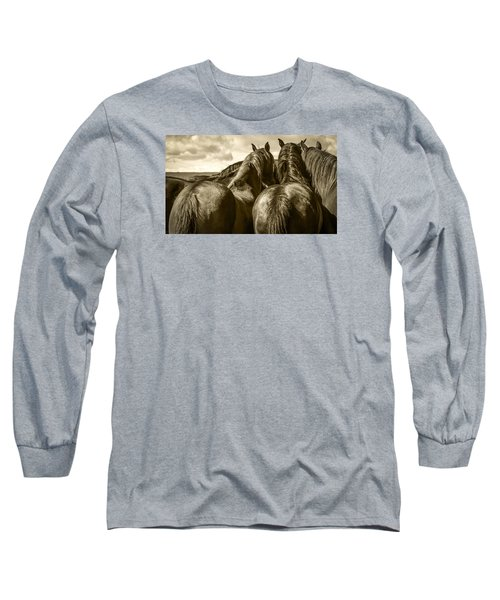 #5815 - Mortana Morgan Mares Long Sleeve T-Shirt