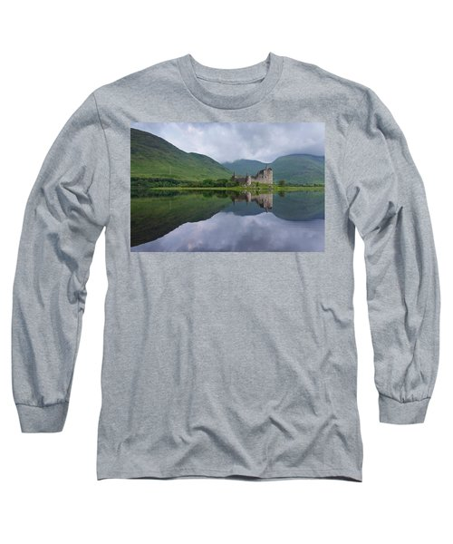 Kilchurn Castle Long Sleeve T-Shirt