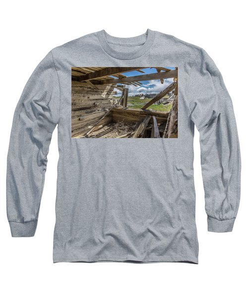 Abandoned Building In Cisco, Utah Long Sleeve T-Shirt