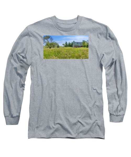 Abandoned House In Feltzen South Long Sleeve T-Shirt by Ken Morris