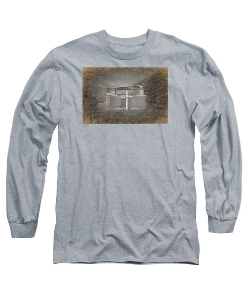 Abiquiu Nm Church Ruin Long Sleeve T-Shirt