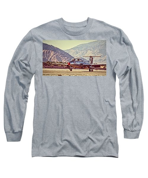 Aero L-29 Delfin Long Sleeve T-Shirt
