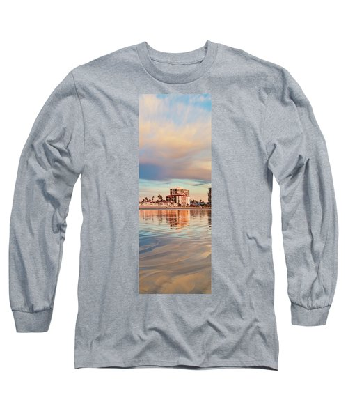 Afloat Panel 4 20x Long Sleeve T-Shirt