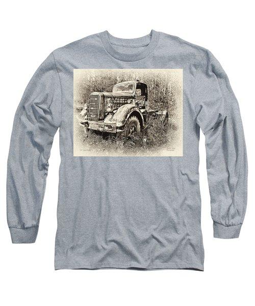 Antique 1947 Mack Truck Long Sleeve T-Shirt