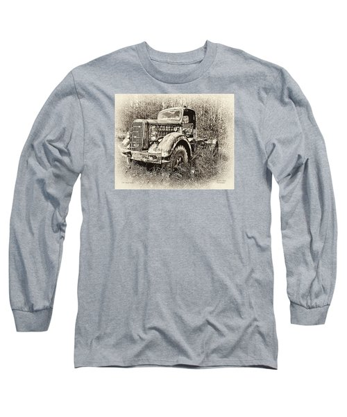 Antique 1947 Mack Truck Long Sleeve T-Shirt