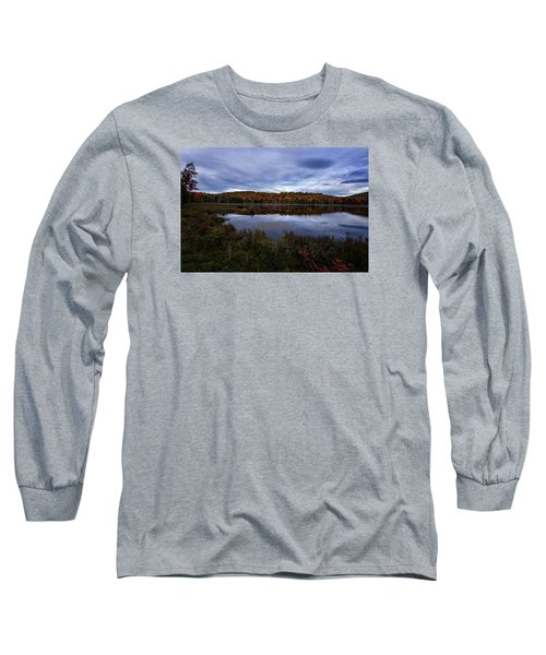 Long Sleeve T-Shirt featuring the photograph Autumn On North Pond Road by Tom Singleton