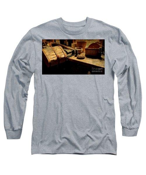 Basket Making Long Sleeve T-Shirt