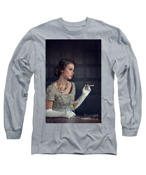 Beautiful 1930s Woman With Cocktail And Cigarette Long Sleeve T-Shirt