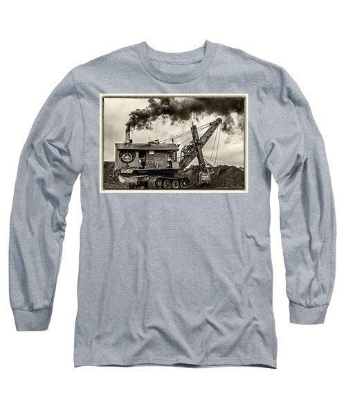 Betty Sue In Bw Long Sleeve T-Shirt