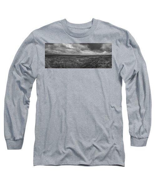 Big Badlands Overlook Panorama 2 Bw Long Sleeve T-Shirt