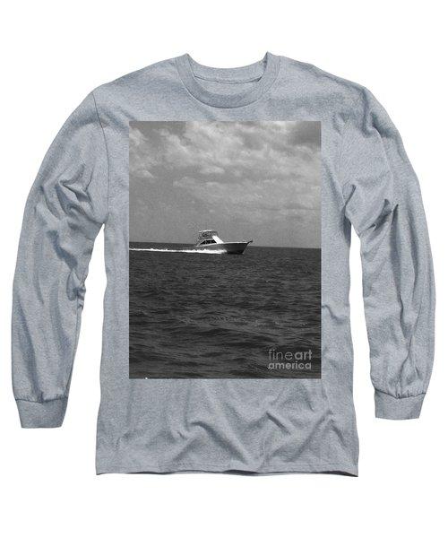 Black And White Boating Long Sleeve T-Shirt by WaLdEmAr BoRrErO