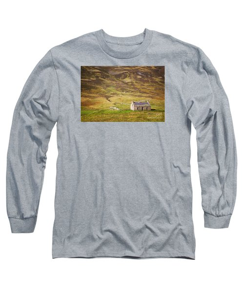 Cairngorms Cottage Long Sleeve T-Shirt