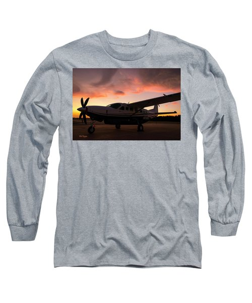 Caravan On The Ramp In The Sunset Long Sleeve T-Shirt