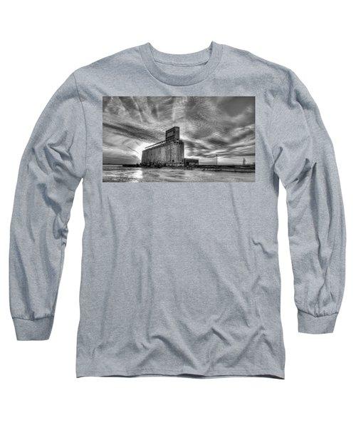 Cargill Sunset In B/w Long Sleeve T-Shirt