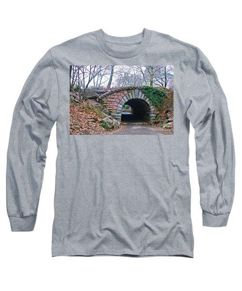 Central Park, Nyc Bridge Landscape Long Sleeve T-Shirt