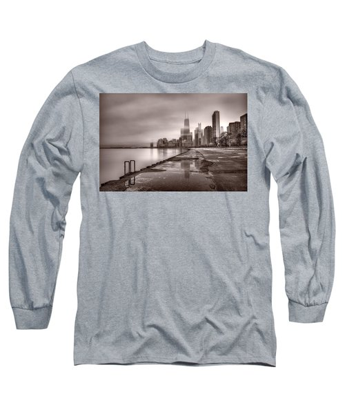 Chicago Foggy Lakefront Bw Long Sleeve T-Shirt