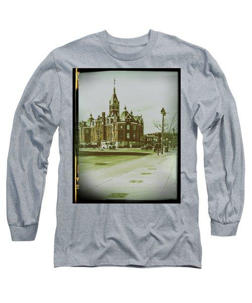 City Hall, Stratford Long Sleeve T-Shirt