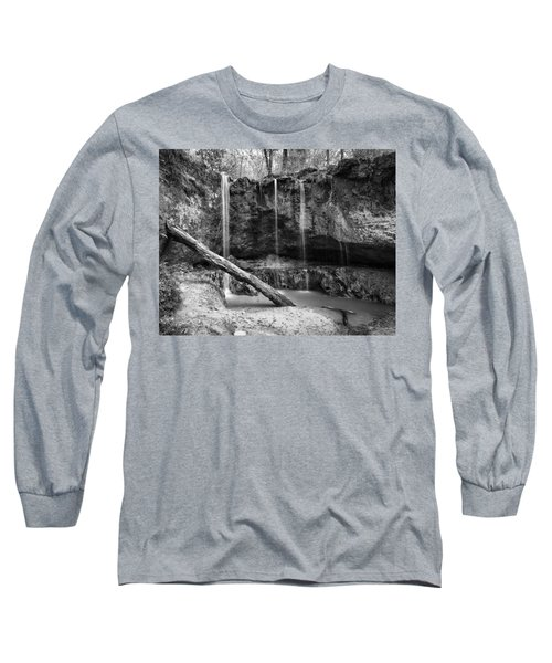Clark Creek Nature Area Waterfall No. 2 In Black And White Long Sleeve T-Shirt