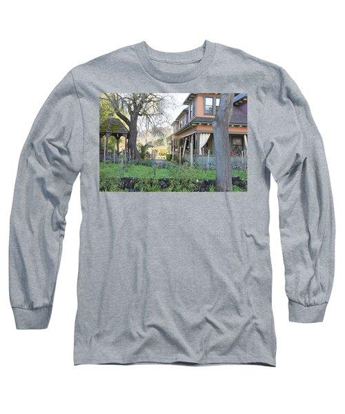 Cloverdale Casa Long Sleeve T-Shirt