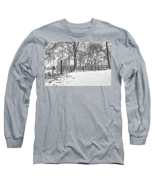 Cow Pen Snow Scene Long Sleeve T-Shirt