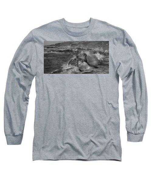Crashing Waves Big Sur Ca Bw Long Sleeve T-Shirt