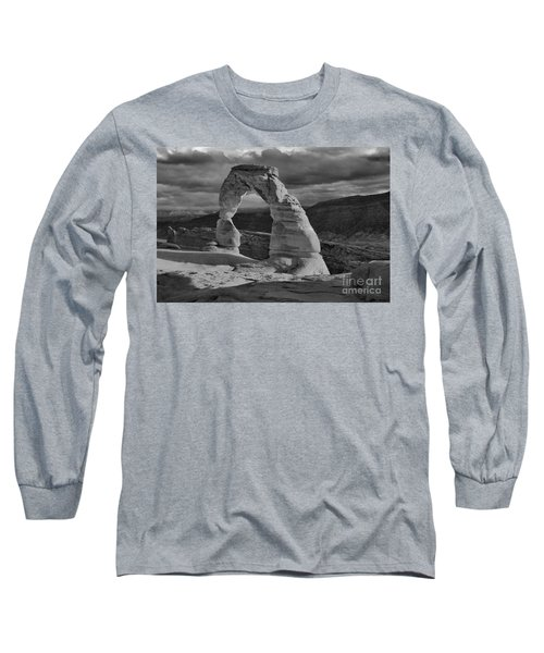 Delicate Arch Black And White Sunset Shadow Long Sleeve T-Shirt