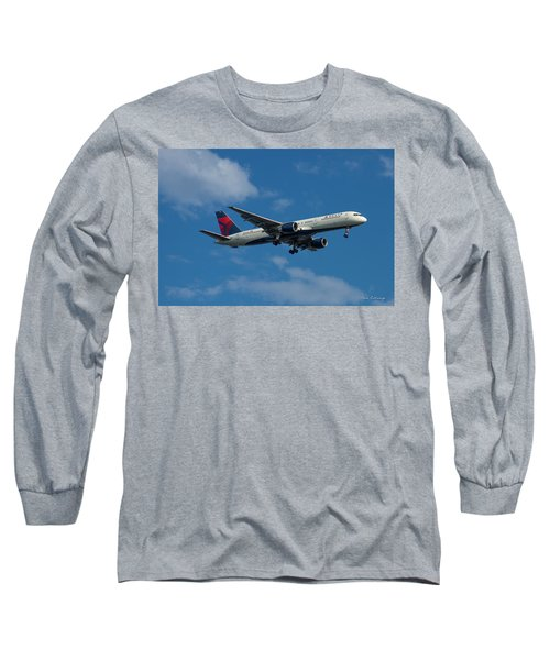 Delta Air Lines 757 Airplane N668dn Long Sleeve T-Shirt by Reid Callaway